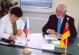 2009 – SVK in Koblenz, signature of agreement